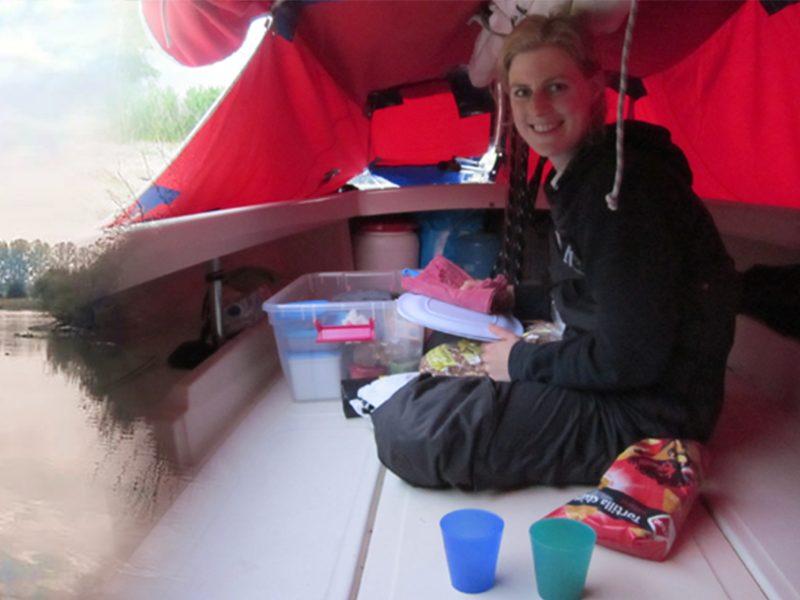 kamperen op een valk